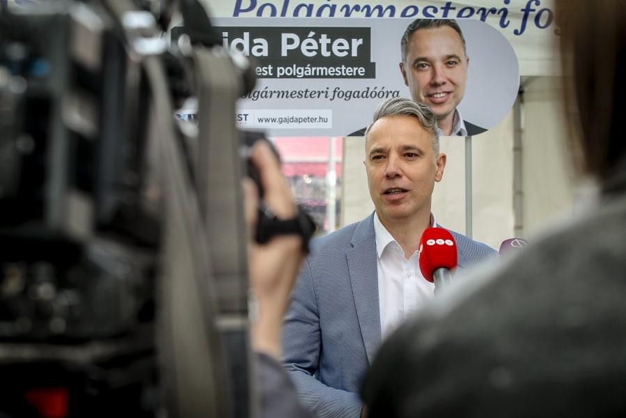 Gajda Péter Polgármesteri fogadóórák szabad téren